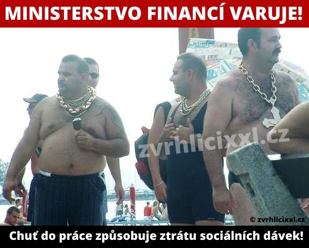 Ministerstvo Financí Varuje! Chuť Do Práce Způsobuje Ztrátu Sociálních Dávek,cikáni,vtipy,romove,gipsy,cigáni,sociální Dávky,vtipy,cikánské,humor,černý